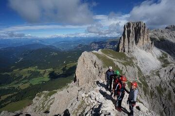 Klettersteig Rotwand : Mazaré rotwand klettersteig dolomiten lisa unterwegs